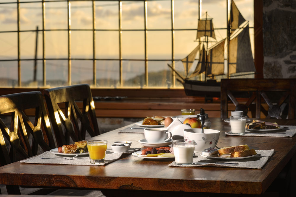 Breakfast at Eos Traditional Guest House