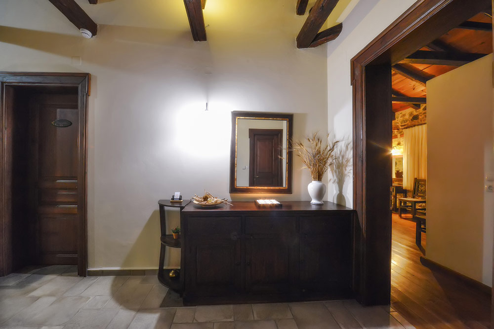 Deluxe Double Room with Fireplace - Eos Guest House